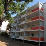 Aluminium-Beton Balkone mit Sicht- und Windschutz